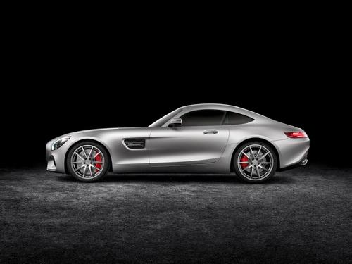 2016-Mercedes-AMG_GT_photo-015_новый размер
