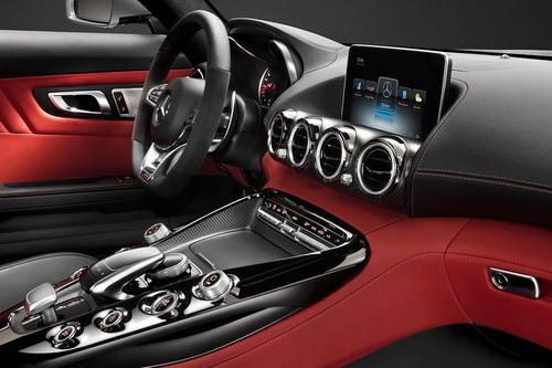 Mercedes-AMG-GT-Interior-2_новый размер