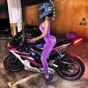 клип девушка на мотоцикле