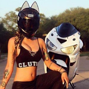 Девушки на мотоциклах